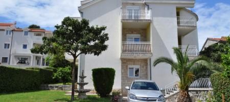 Ile de Čiovo, Trogir maison avec vue mer 2 km du centre ville