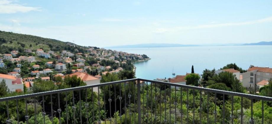 Trogir, cote sud de Ile de Ciovo a vendre  appartements neufs avec deux chambres, vue mer!
