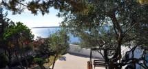 Trogir -Marina, à vendre charmante maison avec magnifique vue mer, 40 m de la plage!
