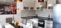 Trogir apartements neufs! A vendre appartement avec deux chambres, meublé, piscine privée!