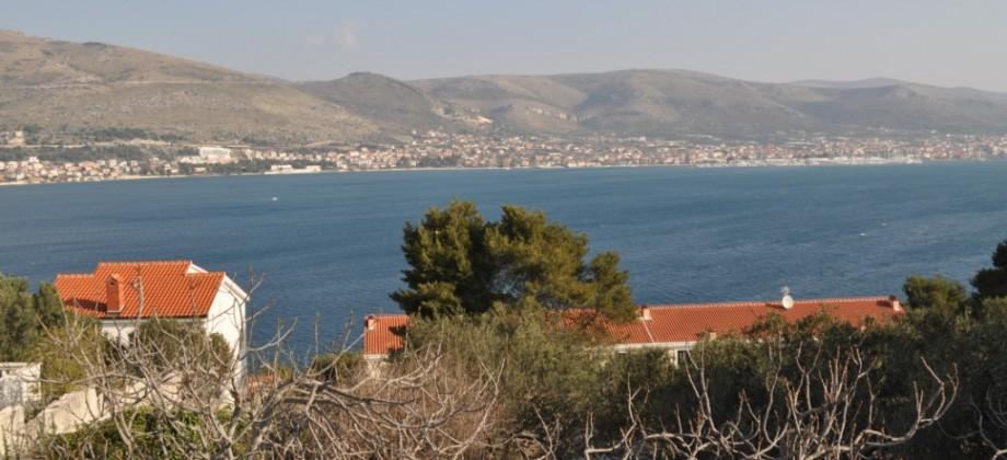 Terrain constructible avec vue mer, 200 m de la mer