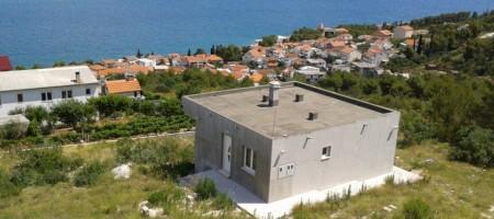 Maison à vendre à Ciovo (Mastrinka) 3 km de Trogir