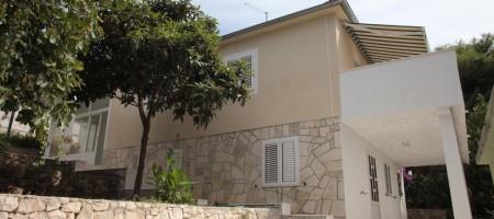 Trogir, Ciovo maison à vendre à 70 m de la mer!