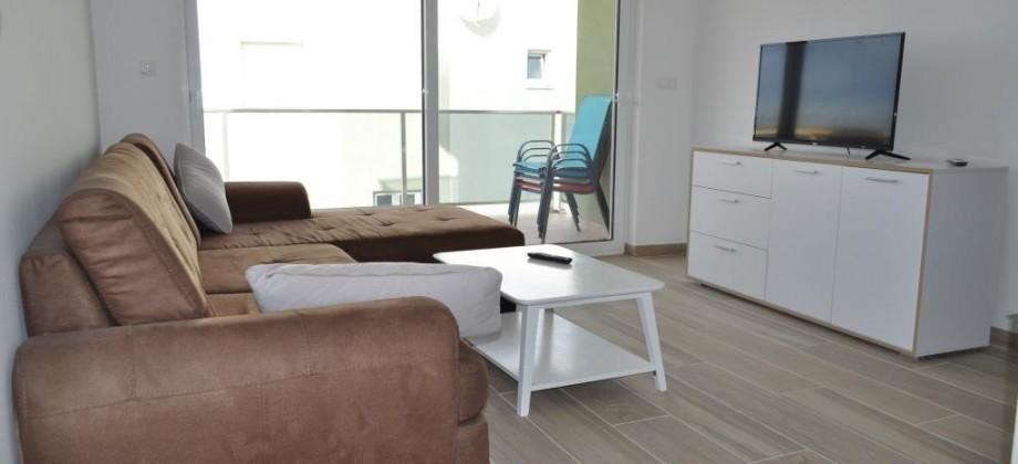 A vendre appartement neuf, deux chambres, proche centre village, vue mer