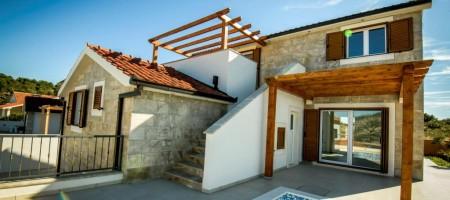 Rogoznica, à vendre villa-style dalmate