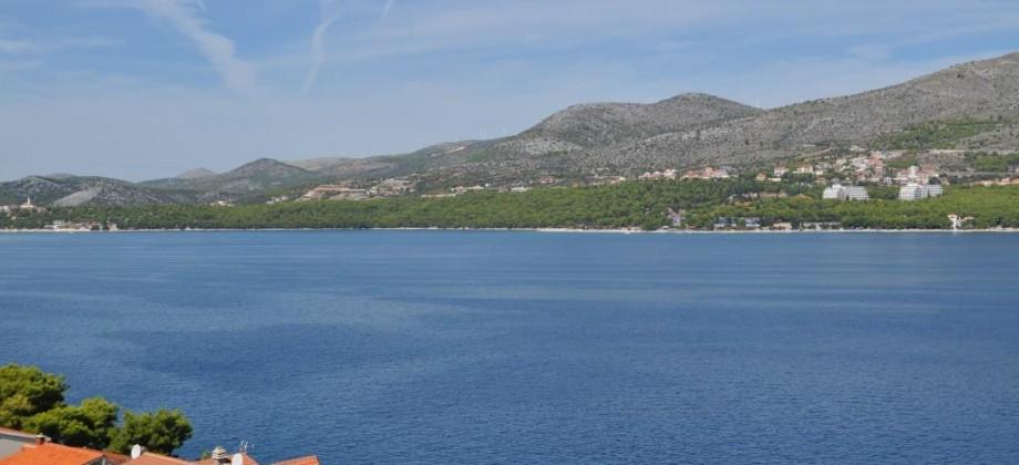 Exclusive! Ciovo. Maison a vendre 70 m de la mer, vue magnifique