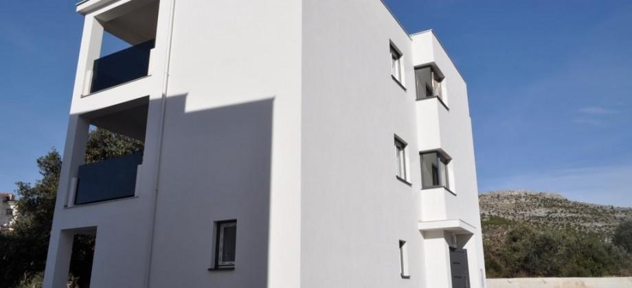 Appartement avec deux chambres, 30 m de la plage!