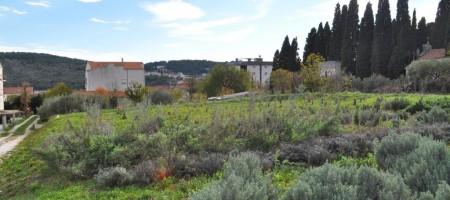 Trogir, terrain constructible a vendre