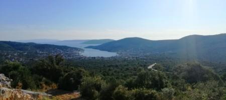 Vinišće à vendre terrain constructible, vue mer