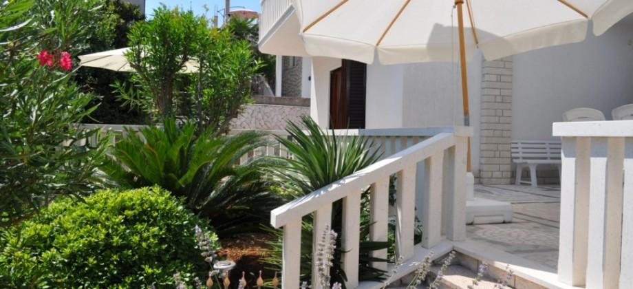 Villa à vendre 50 m de la plage!