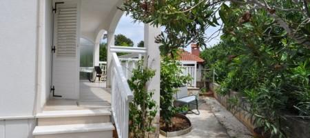 Maison à vendre Okrug Gornji située dans un environnement calme