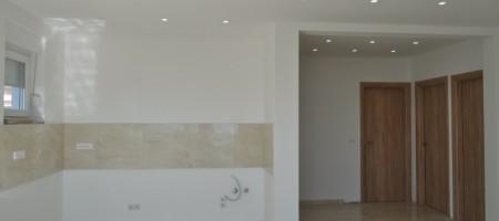 Appartement avec trois chambres, 50 m2 terrasse privée, vue mer