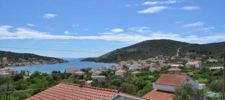 Vinišće, Marina maison à vendre avec vue mer !