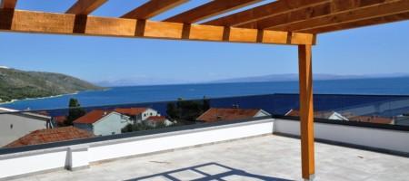 Penthouse de luxe avec terrasse et vue mer panoramique