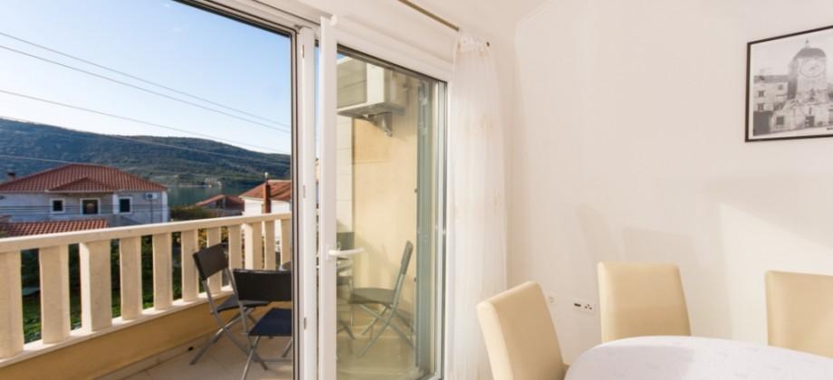 Marina, appartement confortable à 100 m de la plage!