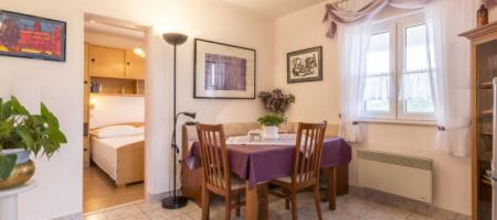 Rogoznica, à vendre charmante maison avec vue mer