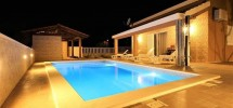 Kastela – A vendre maison plain pied avec piscine